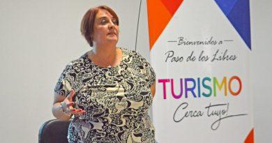 """Morina Laura Sanz disertó sobre """"Hospitalidad con el Visitante"""""""