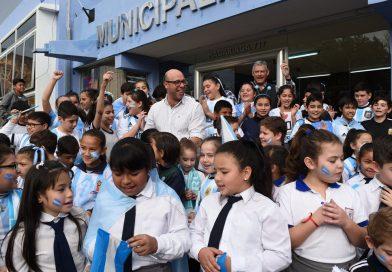 Alumnos del INJ, San José  y Horizonte fueron recibidos por autoridades municipales