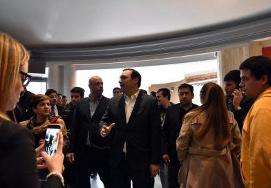 Valdés junto a autoridades provinciales y municipales visitaron el Cine Ópera