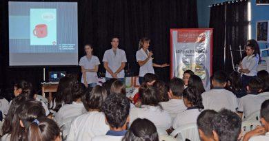 Charlas del Servicio de Nutrición para alumnos de la Escuela Normal