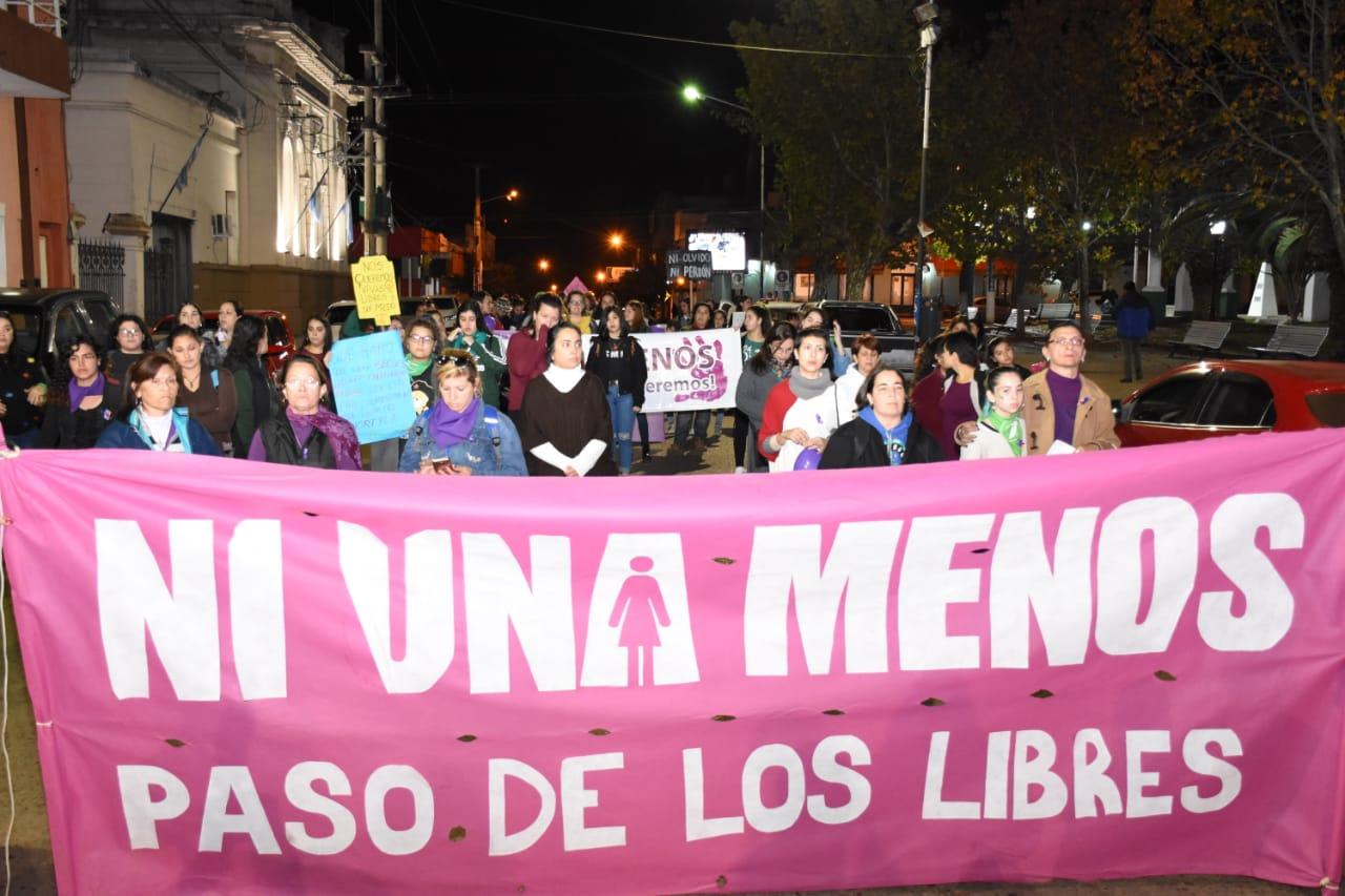 El área mujer, género y diversidad recordó a las víctimas de femicidios en  Libres – Municipalidad de Paso de los Libres