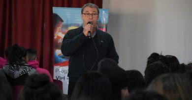 """El Dr. Altamira disertó para alumnos de la Escuela Técnica """"Amalia del Valle Herrera de Aguirre"""""""