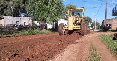 Trabajos de mantenimiento y perfilamiento de calles